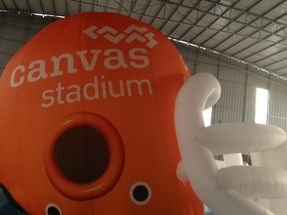 eps-DOUBLET_Inflatables_0011_CANVAS STADIUM INFLATABLE2018-2