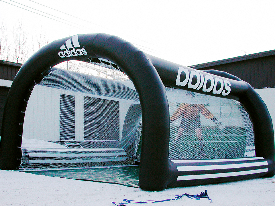 eps-DOUBLET_Inflatables_0016_Adidas Soccer Cage A