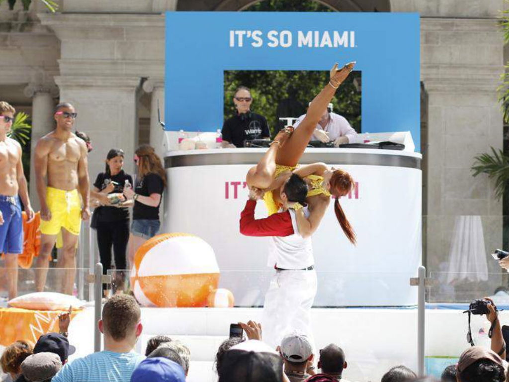 eps-DOUBLET_Out-of-the-Box_0000_ITS SO MIAMI