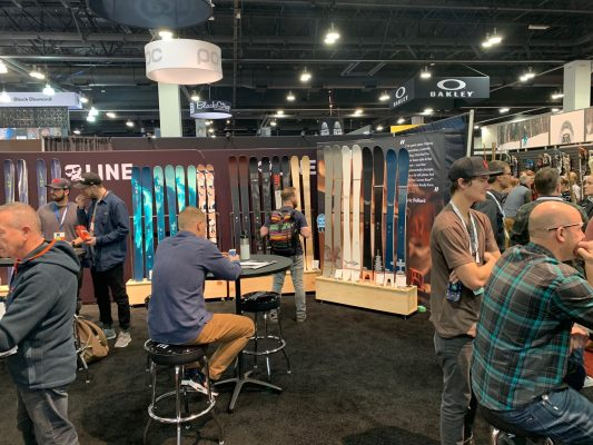 Line - Trade Show Booth